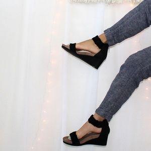 Lucky Brand Kaydyn Black Wedge Sandals